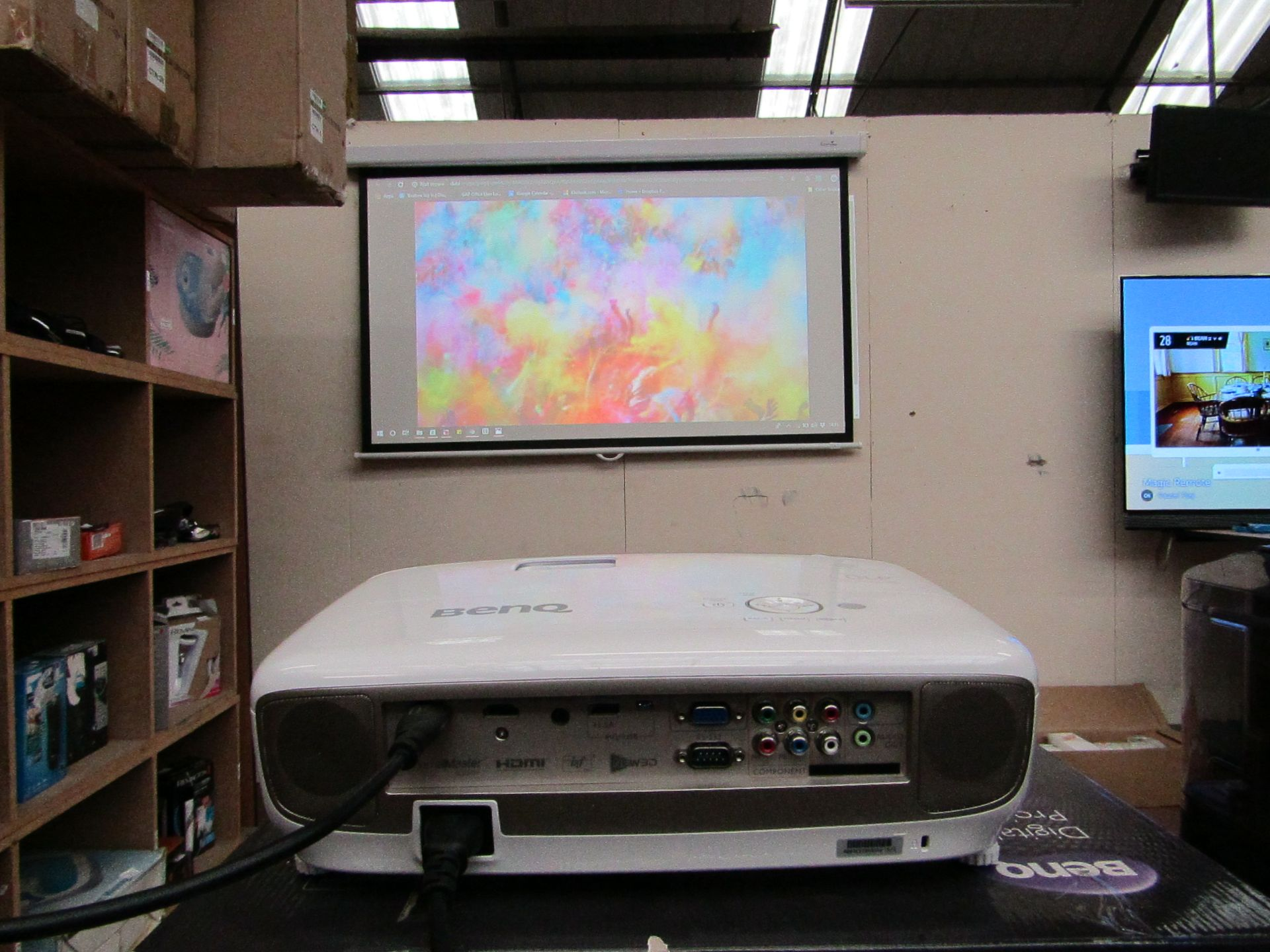 Lot 92 - Ready to go cinema set! Features: Benq 3D Ready DLP Projector 1080p HD Ready £669.00, with remote