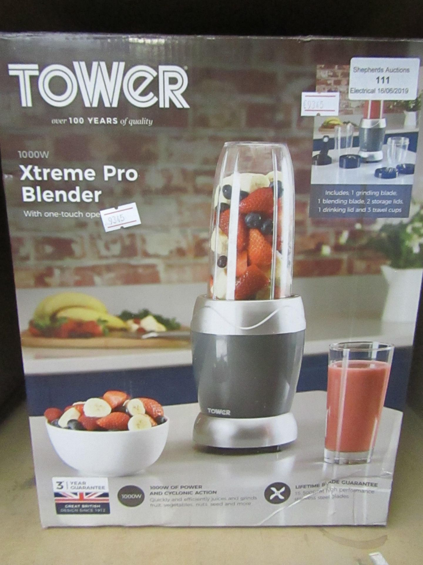 Lot 111 - Tower Xtreme Pro blender, tested working and boxed.