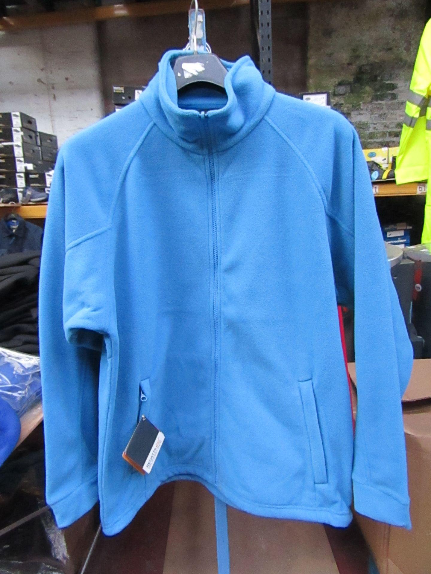 Lot 3 - Men's Regatta Professional Fleece Coastal Blue. Size S. new in Packaging