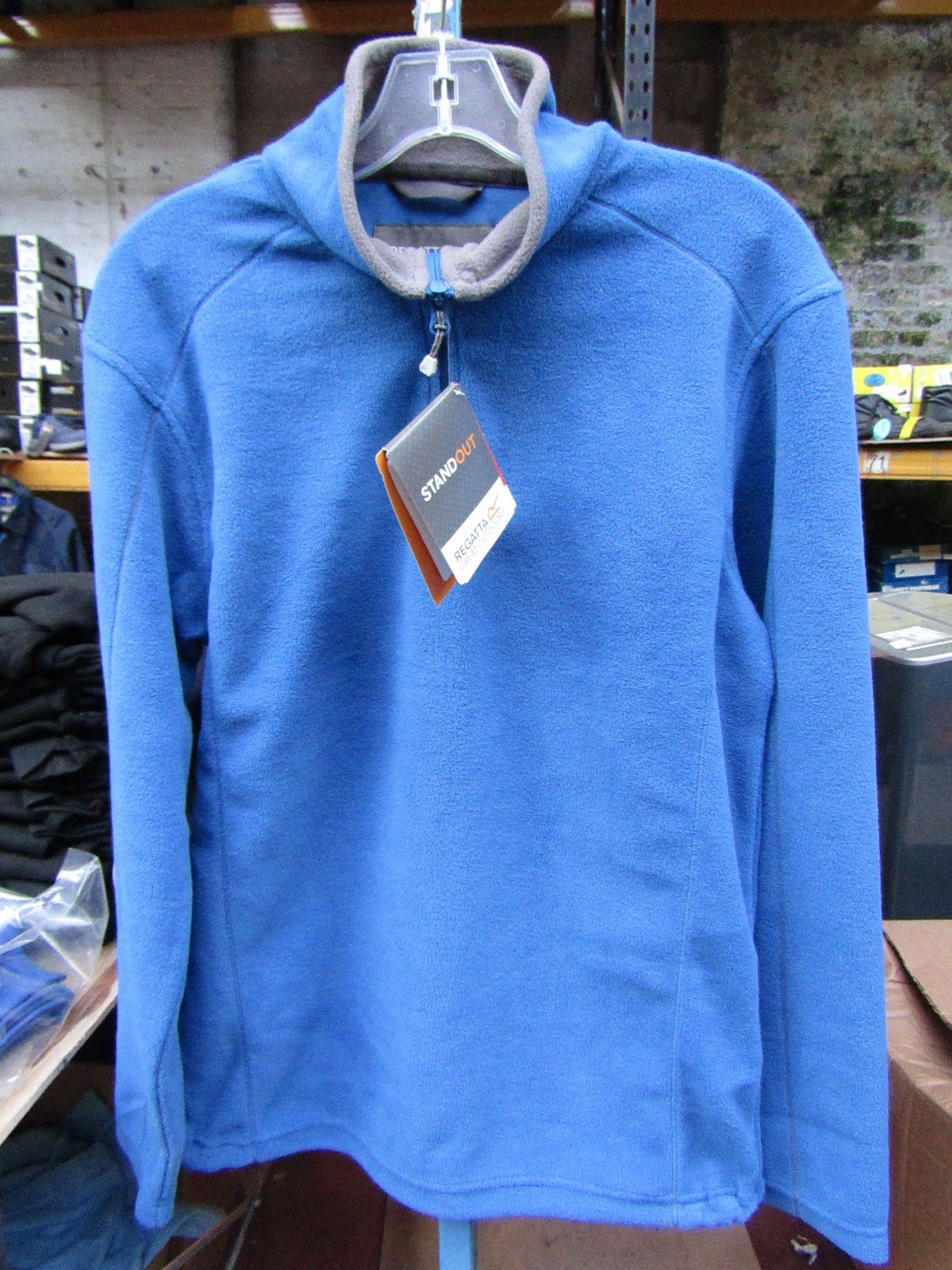 Lot 49 - Men's Regatta Professional Fleece Oxford Blue/ Smoke. Size S. new in Packaging