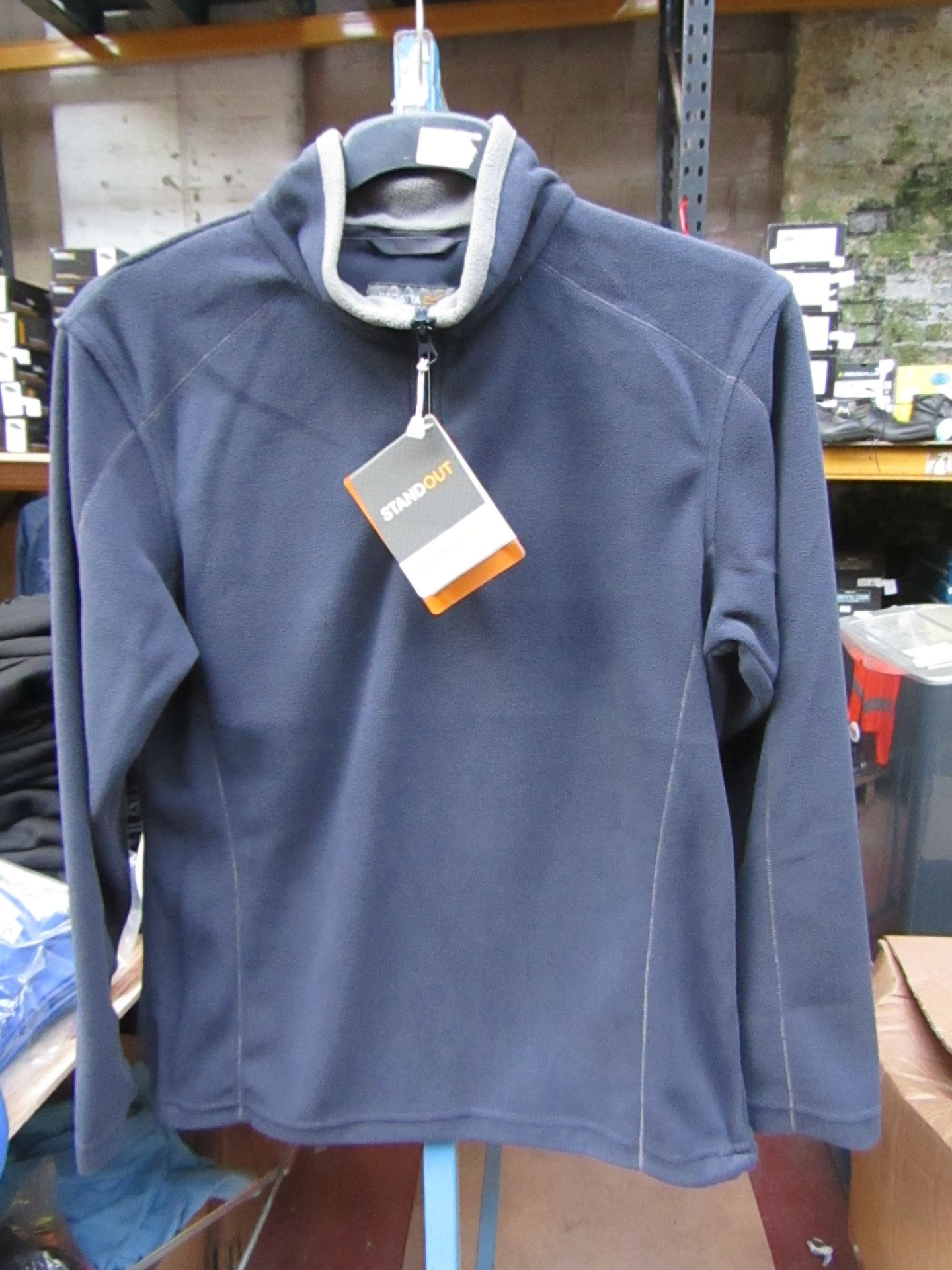 Lot 10 - Men's Regatta Professional Fleece Navy Blue / Smoke. Size XS. new in Packaging