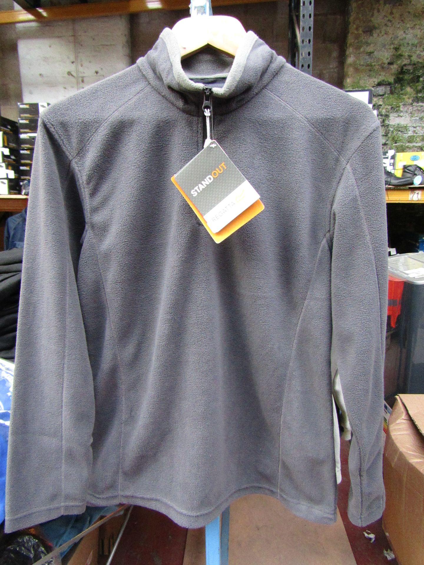 Lot 29 - Ladies Regatta Professional Fleece Seal Grey / Smoke. Size 10. new in Packaging