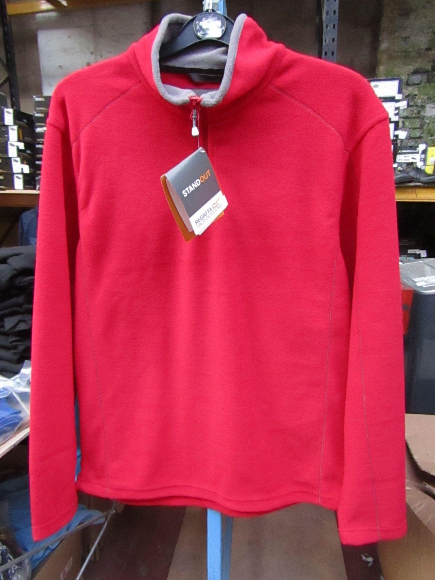 Lot 15 - Men's Regatta Professional Fleece Red / Smoke. Size M. new in Packaging