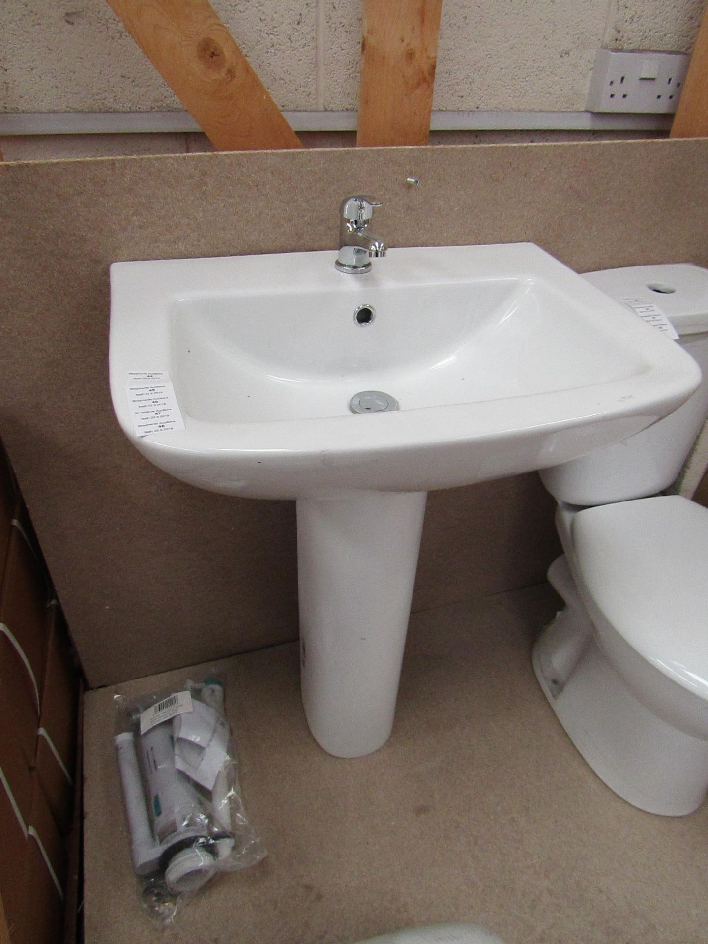 Unbranded Roca Cloakroom basin set that includes a 620mm 1 tap hole sink with full pedestal and a