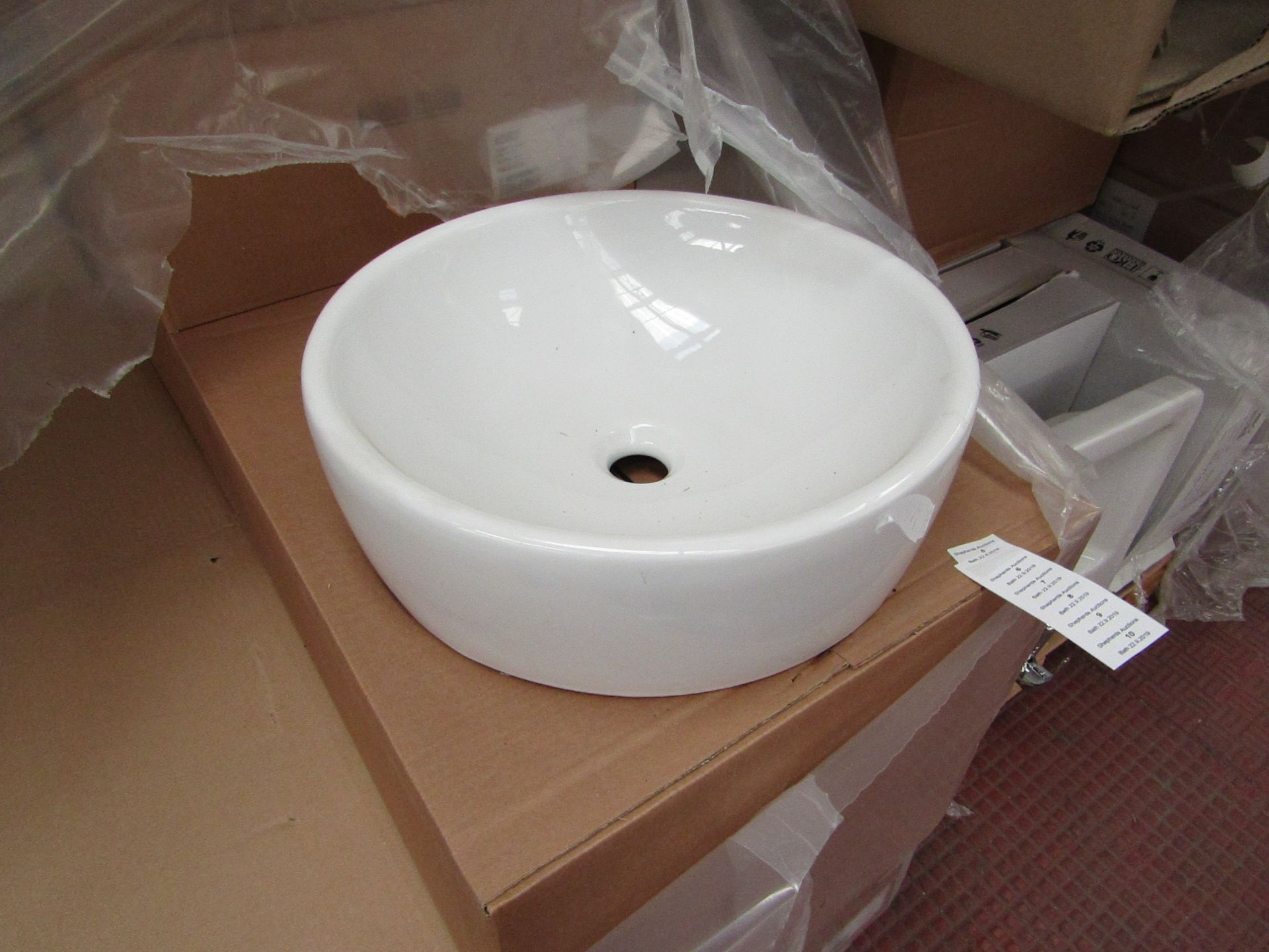 Lotto 10 - Nabis 45cm circular counter top sink, new and boxed