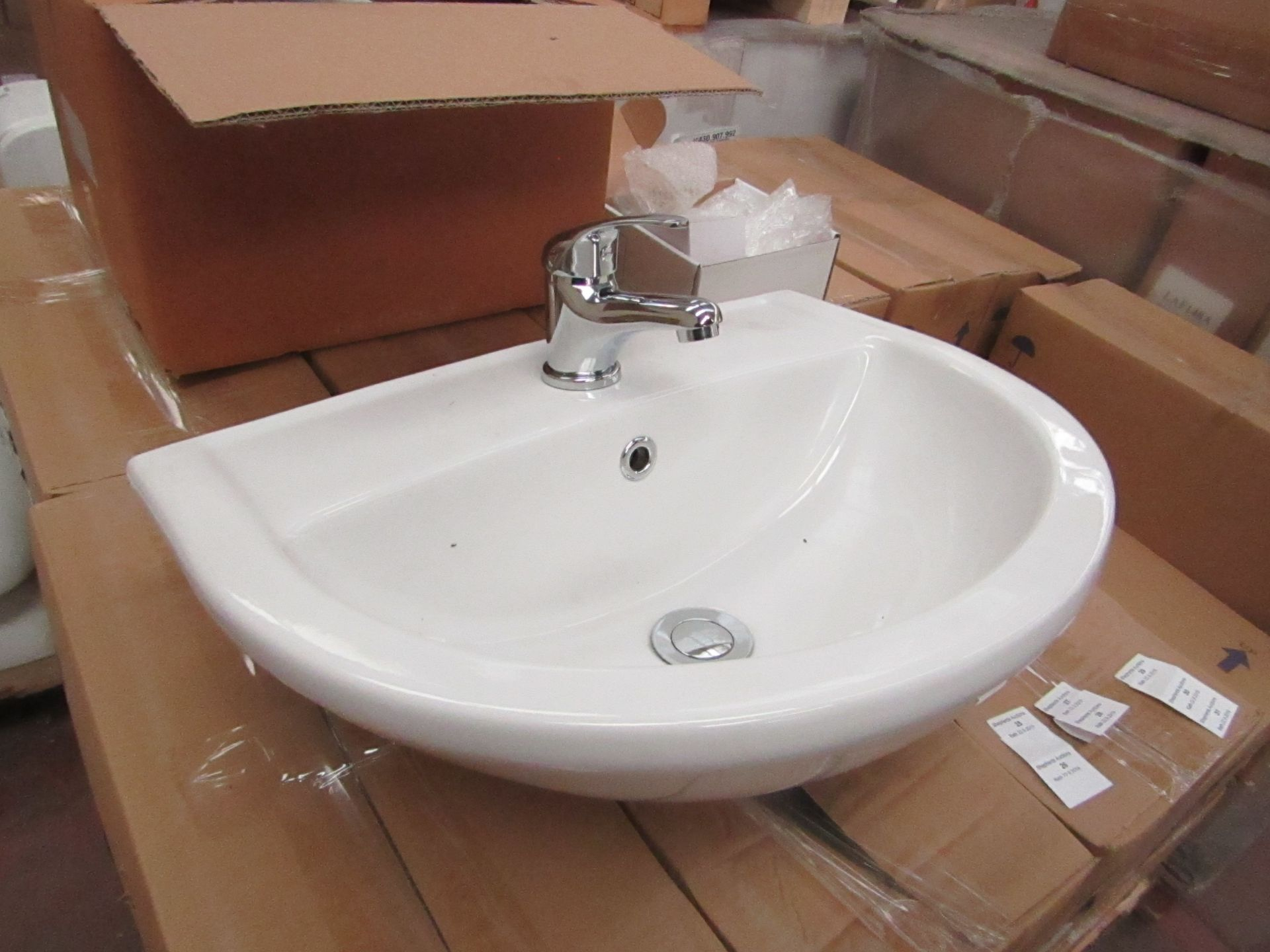Lecico Remini 50cm 1 tap hole sink with mono block mixer tap, boxed and new