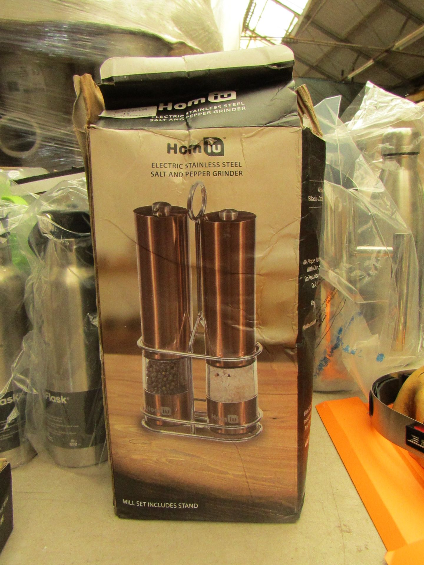 Lotto 21 - Homiu Electric Stainless Steel Salt and Pepper Grinder set in Copper . Boxed