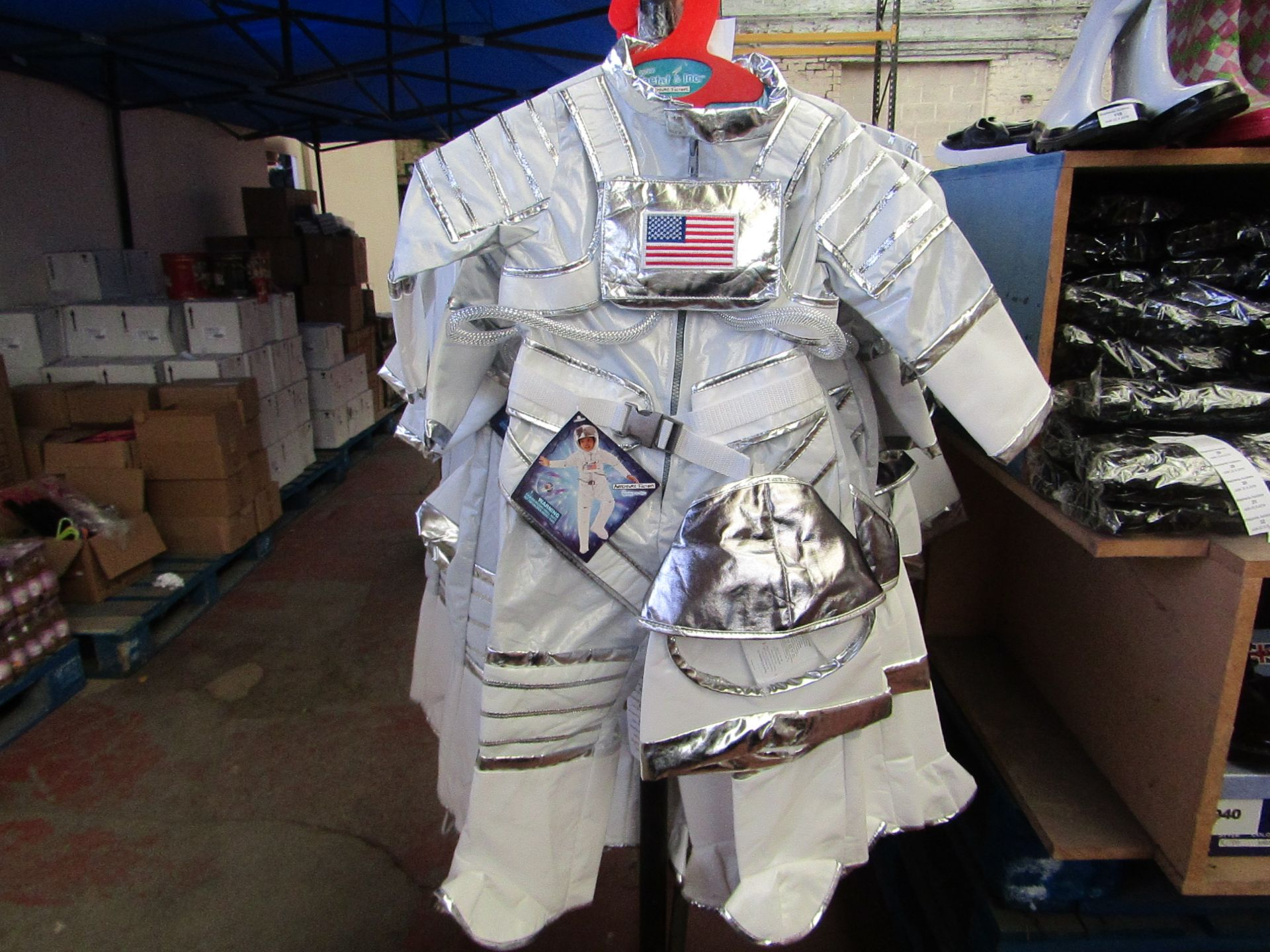 Lot 8 - Adventure Factory Astronaut Fancy Dress age 3/4 yrs RRP £24.99 new with tags