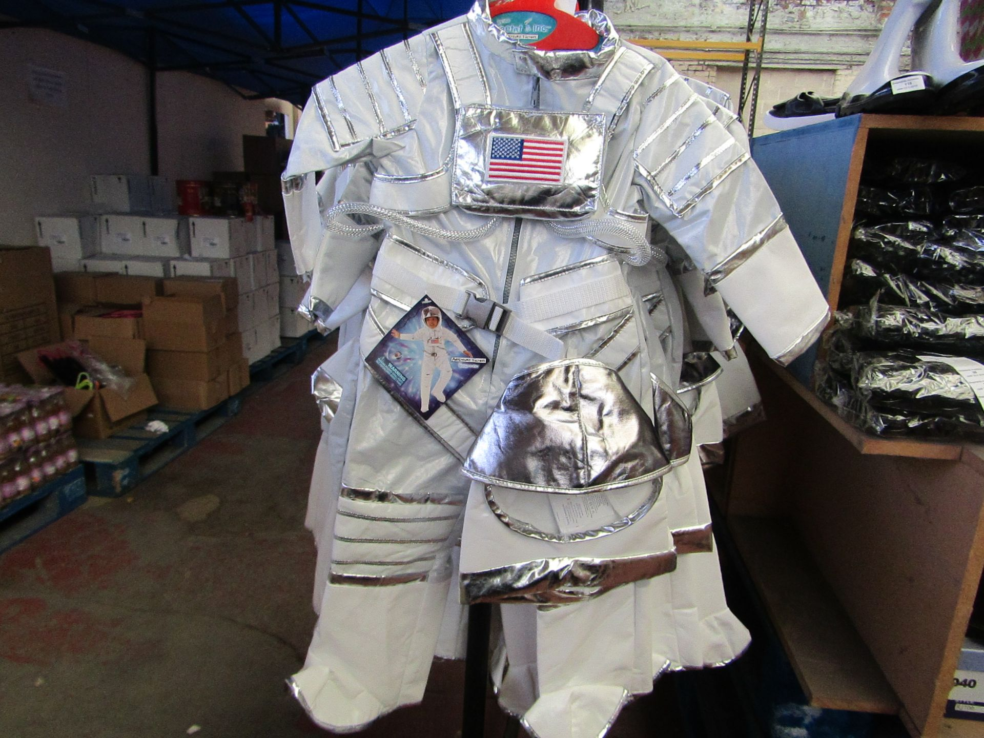 Lot 20 - Adventure Factory Astronaut Fancy Dress age 5/6 yrs RRP £24.99 new with tags