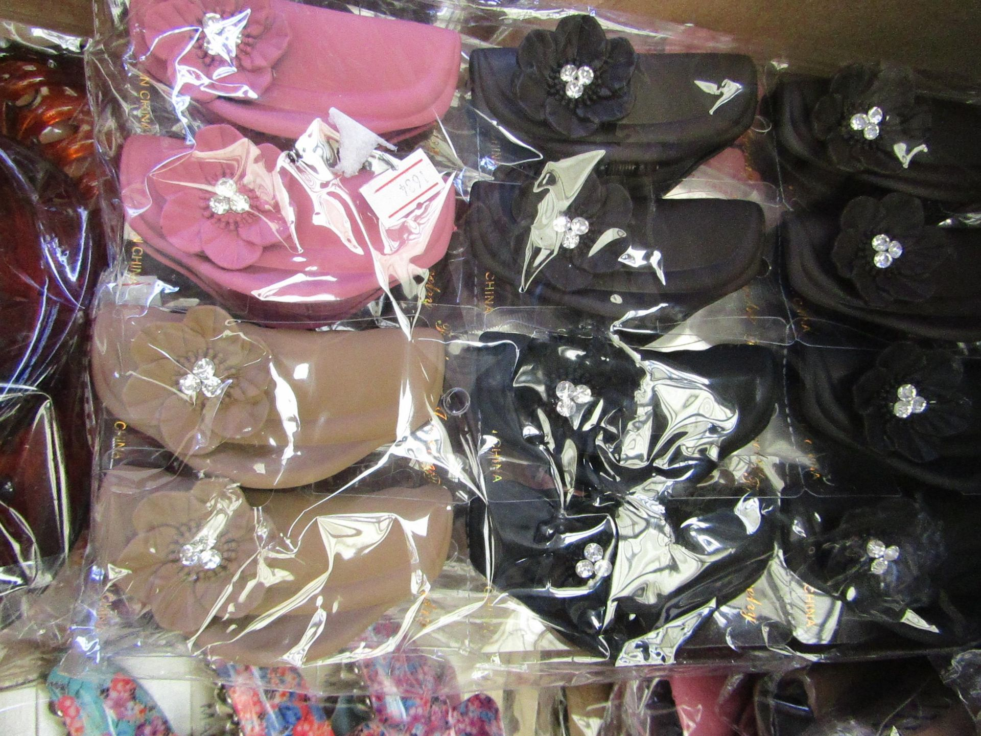 Lot 57 - 12 x Large Decorative Hair Claw Accessories RRP £5.00 each @ Claires Accessories