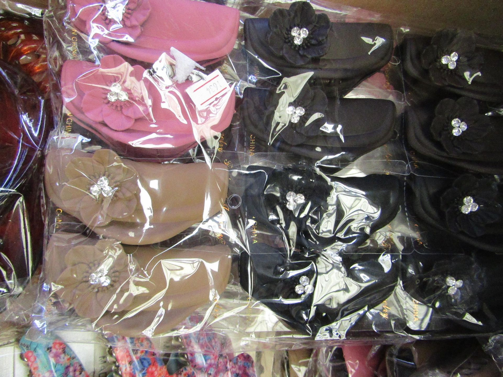 Lot 60 - 12 x Large Decorative Hair Claw Accessories RRP £5.00 each @ Claires Accessories