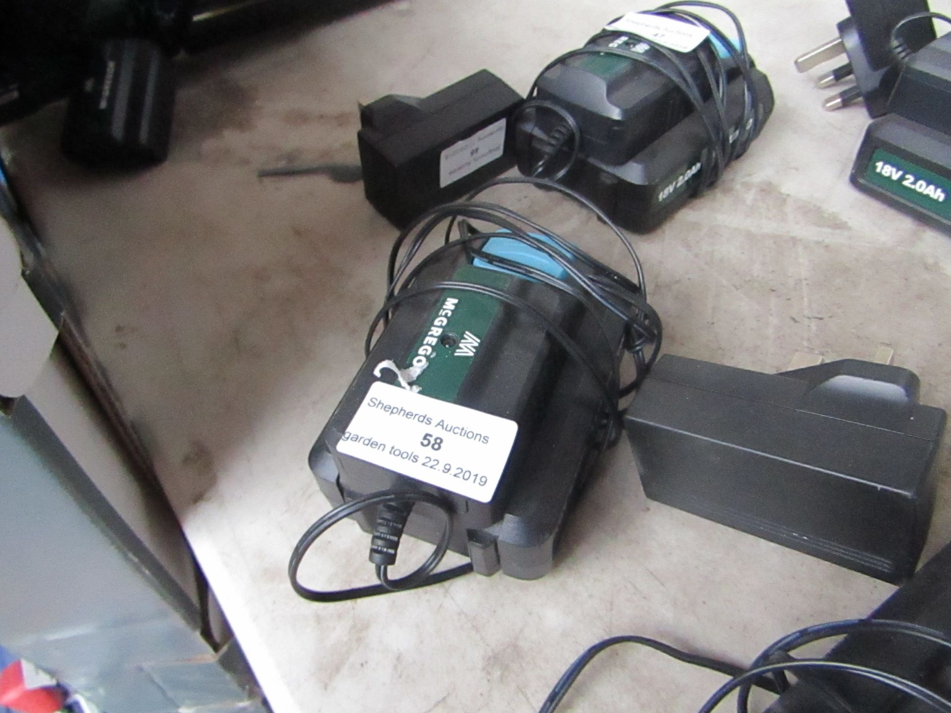 Lotto 58 - McGregor 18V Batterywith Charger.