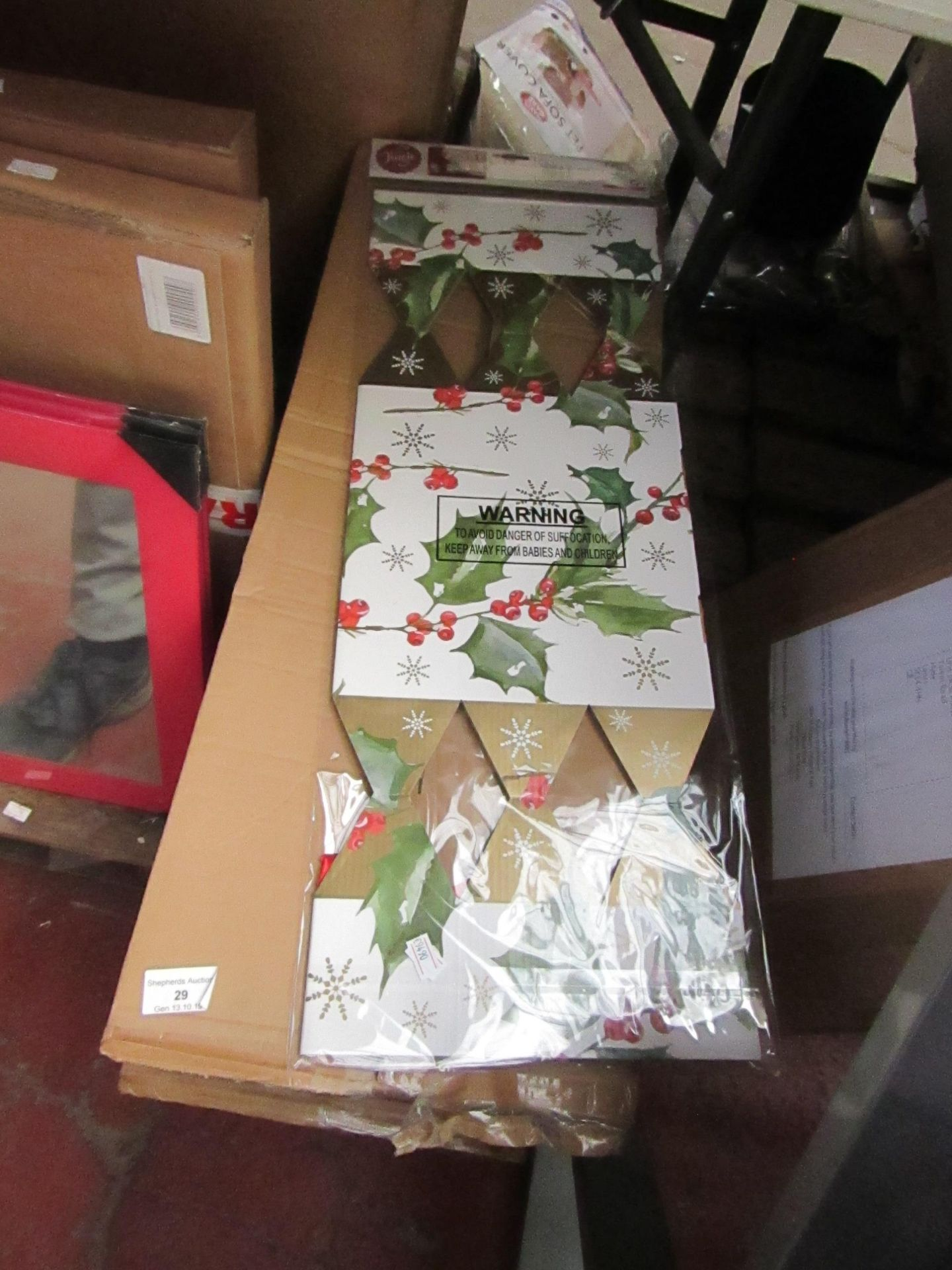 Lot 30 - 20x Adult cracker gift boxes, new and boxed.