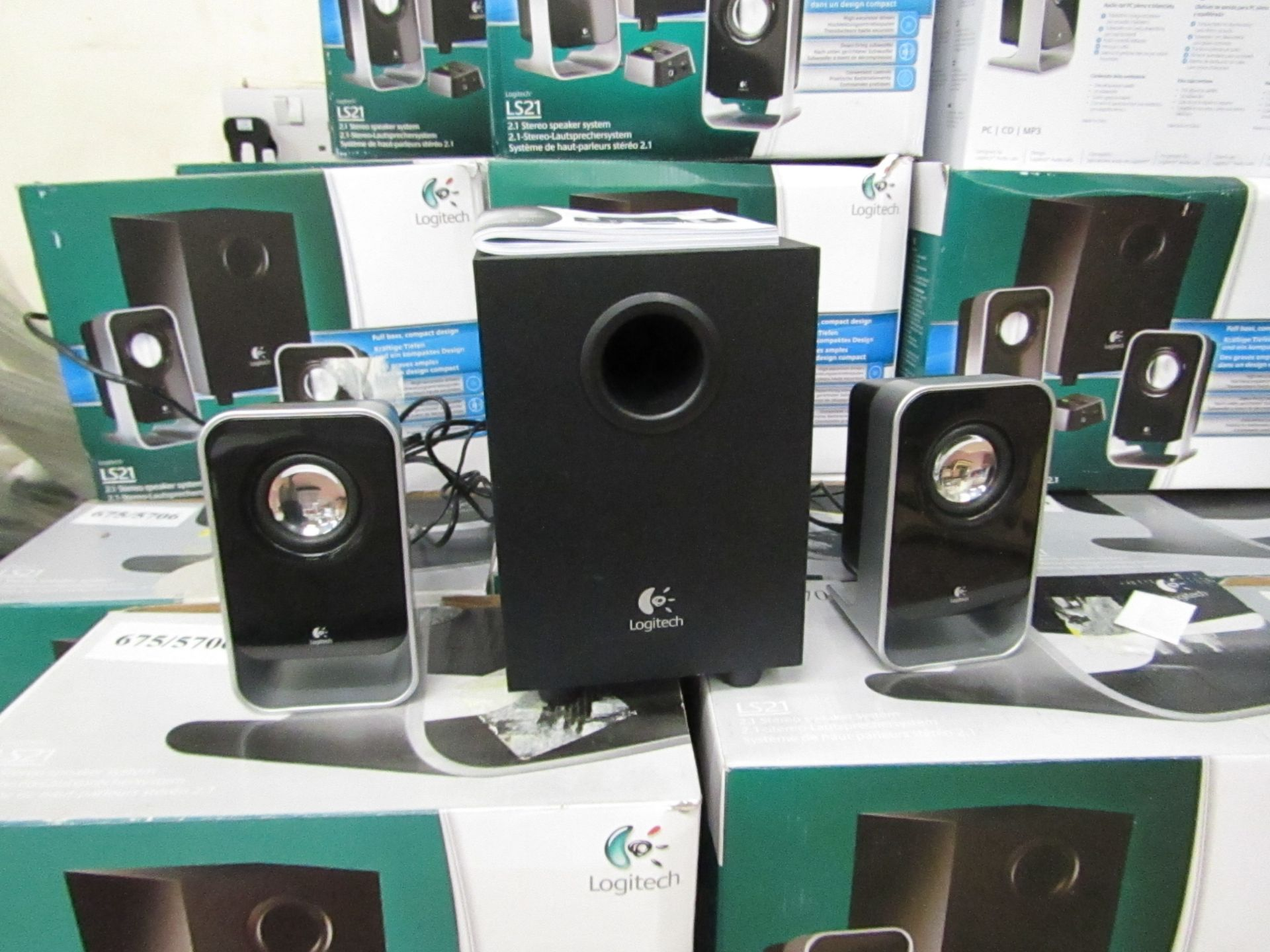 Lot 1 - Logitech 2.1 Stereo Speaker System.Tested working & Boxed