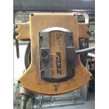 Lot 051 Image