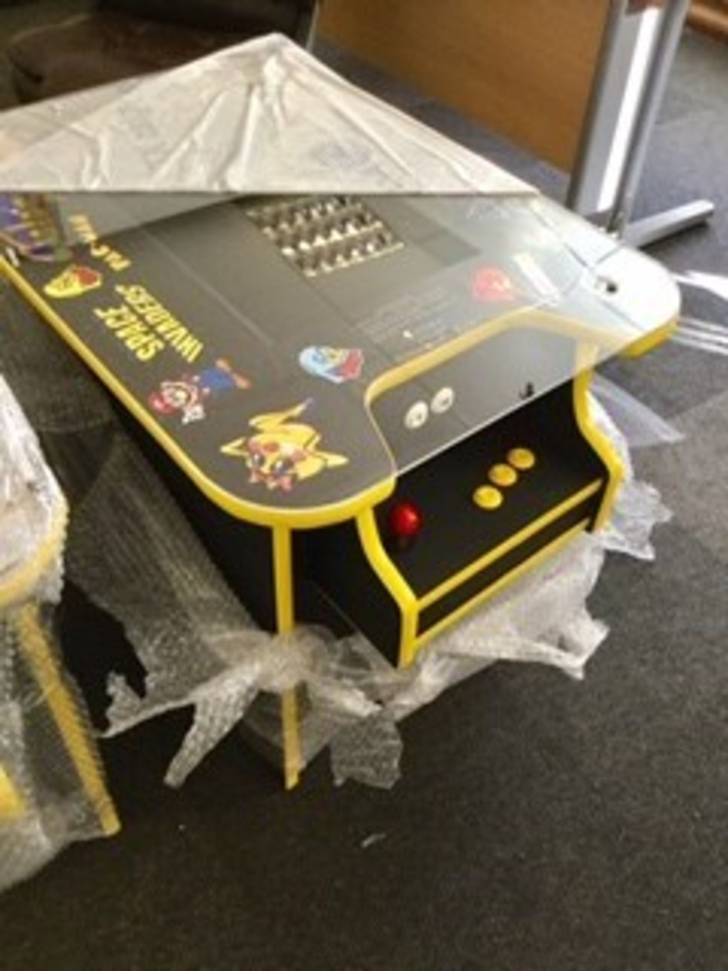 Lot 26 - Brand New Space Invaders Machine with 60 Classic Arcade Games Installed – PAC-Man, Donkey Kong