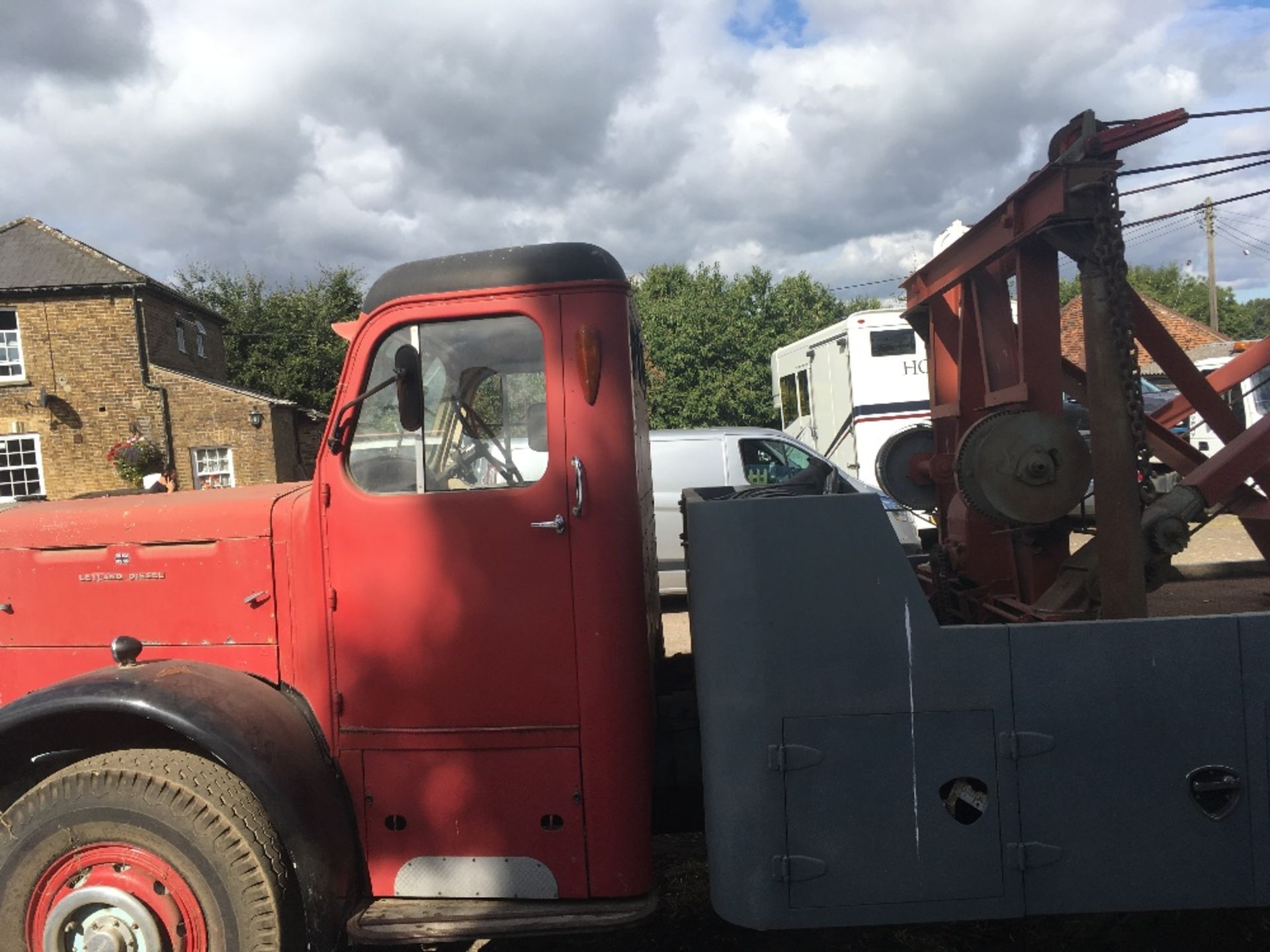 Lot 1 - Vintage Leyland Beaver Truck – 1953 - NO VAT  Fitted with 750 Holmes Recovery equipment ,