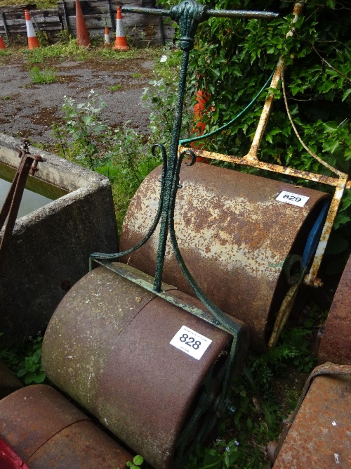Lot 828 - Cast iron roller
