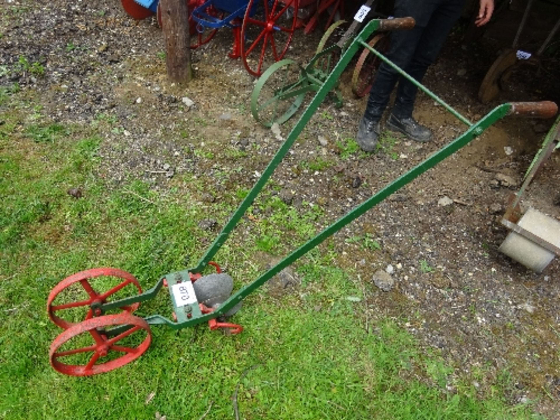 Lot 870 - Hayes Engineering of Liverpool disc hoe