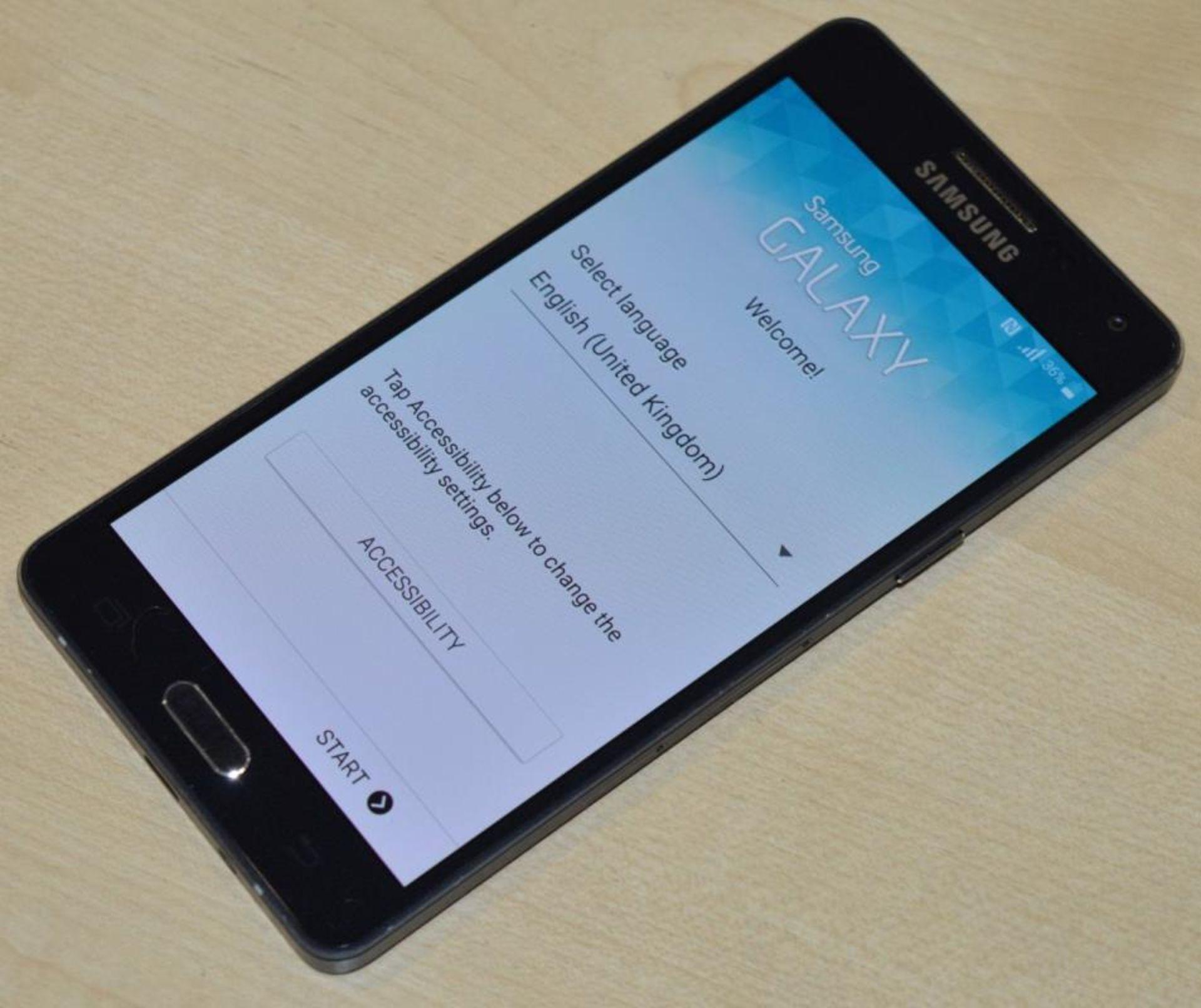 Lot 240 - 1 x Samsung Galaxy A5 16gb Smart Phone - Model SM-A500FU - Midnight Black - CL285 - Ref J0000 -