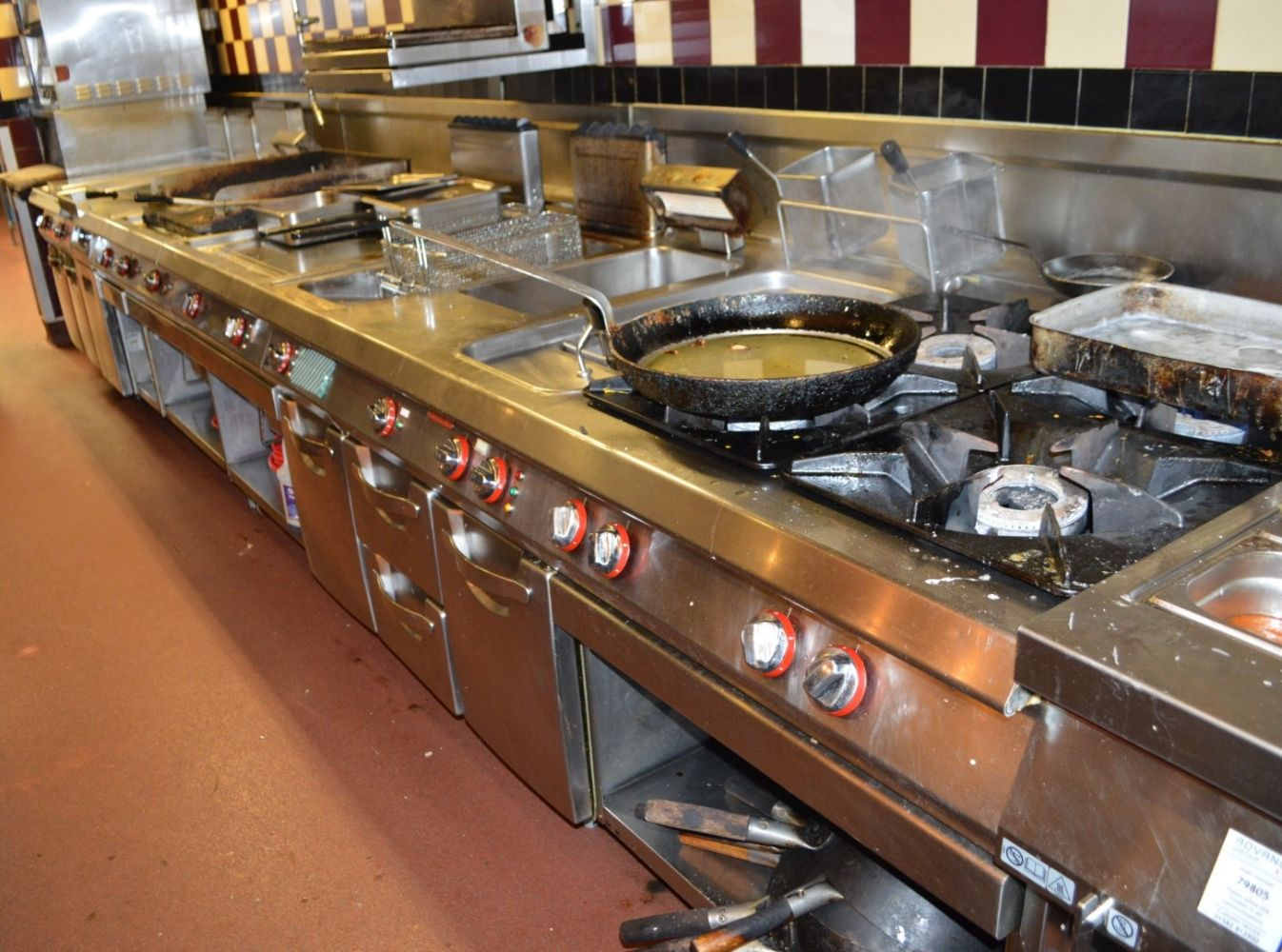 Commercial Catering Sale: Professional Kitchen Equipment, Seating Booths, Lighting, Tables and Chairs, Coffee Machines, Dishwashers and More!