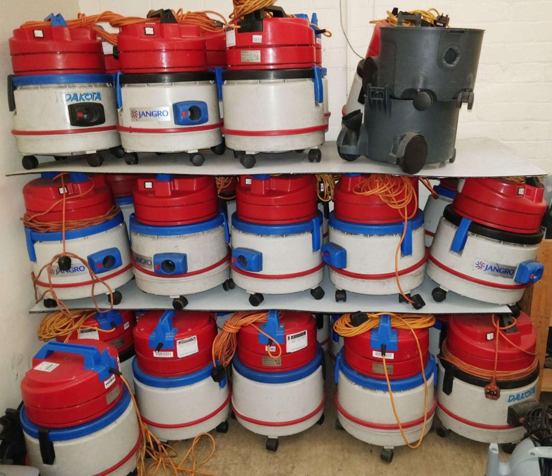 Lot 6 - 4 x Dakota 101 Soteco D2 800w Vacuum Cleaners - Ref B2 CL409 - Location: Wakefield WF16Provided with