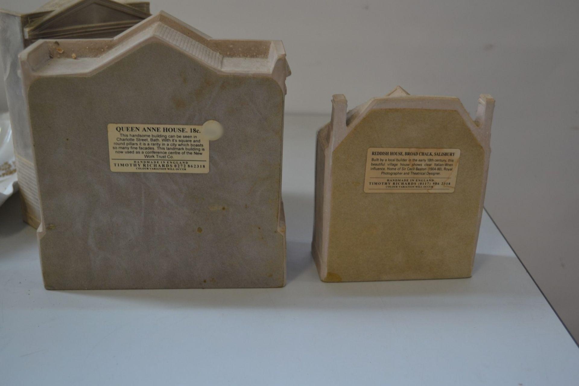 Lot 4108 - 1 x Timothy Richards House Models - Ref J2144 - CL314