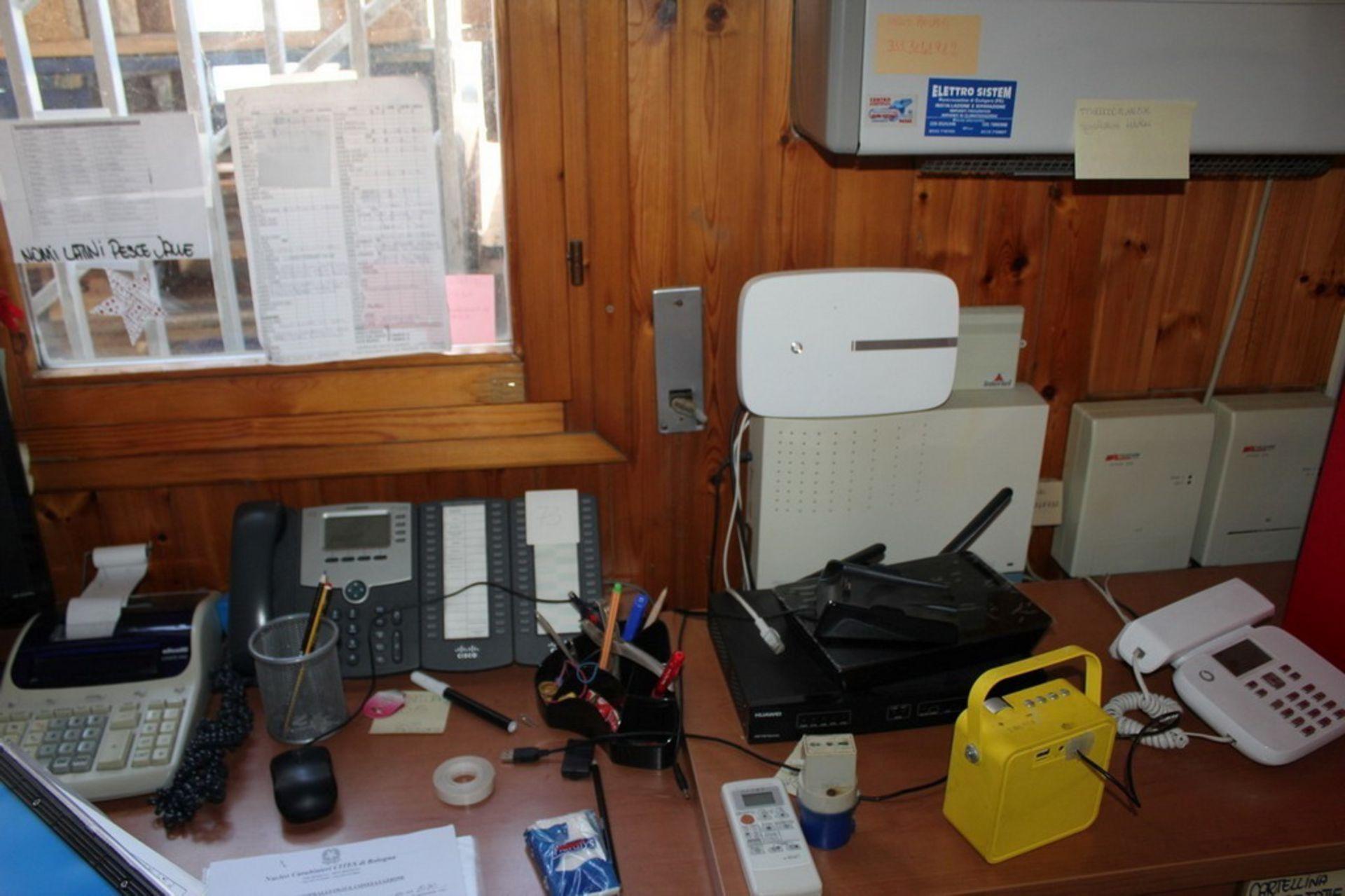 Lot 135 - N. 73 (716 IVG FALLIMENTO) IMPIANTO TELEFONICO CON TELEFONI SPARSI