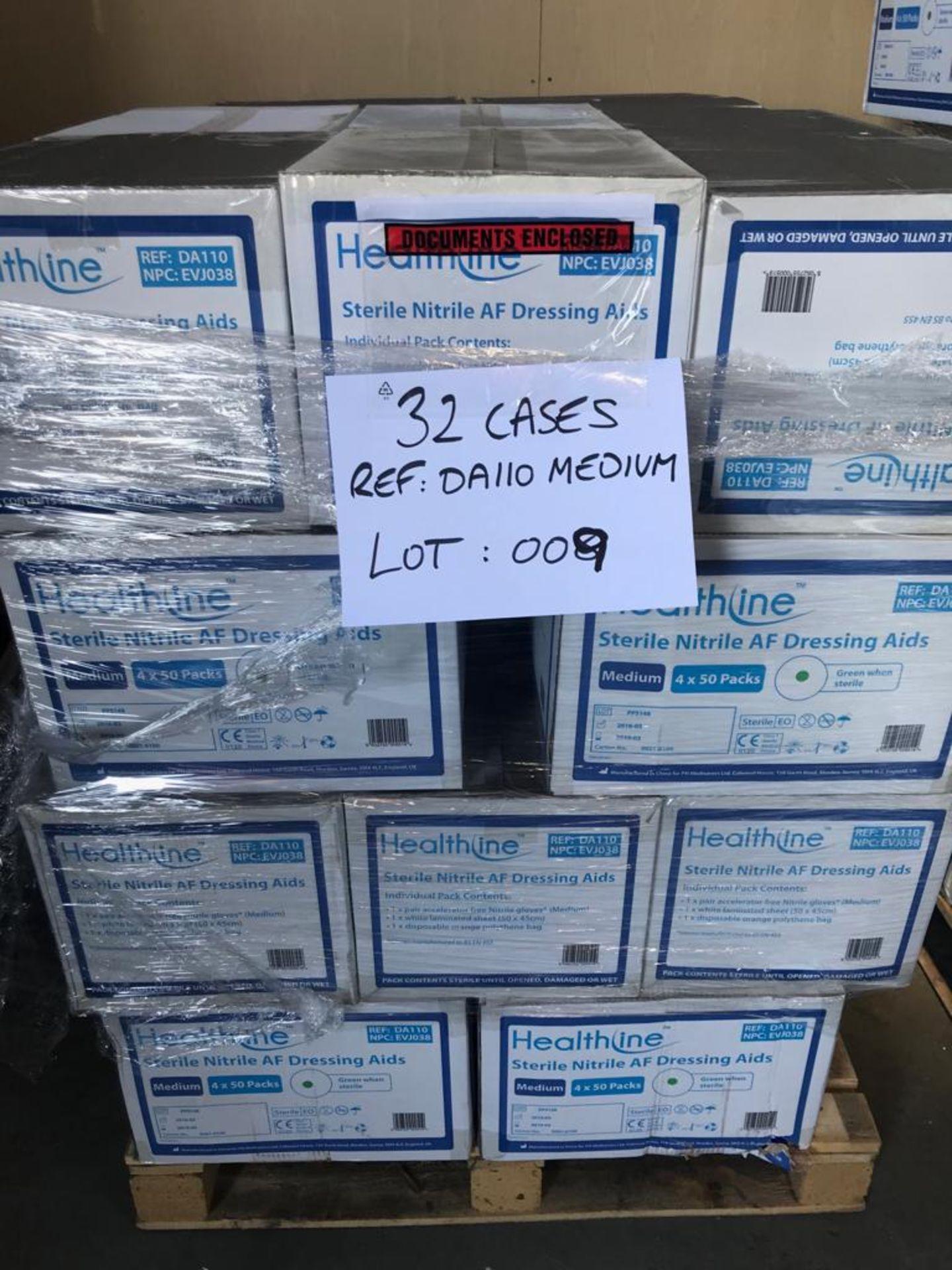 Lot 9 - STERILE NITRILE AF DRESSING AIDS MEDIUM 32 CASES ON PALLET