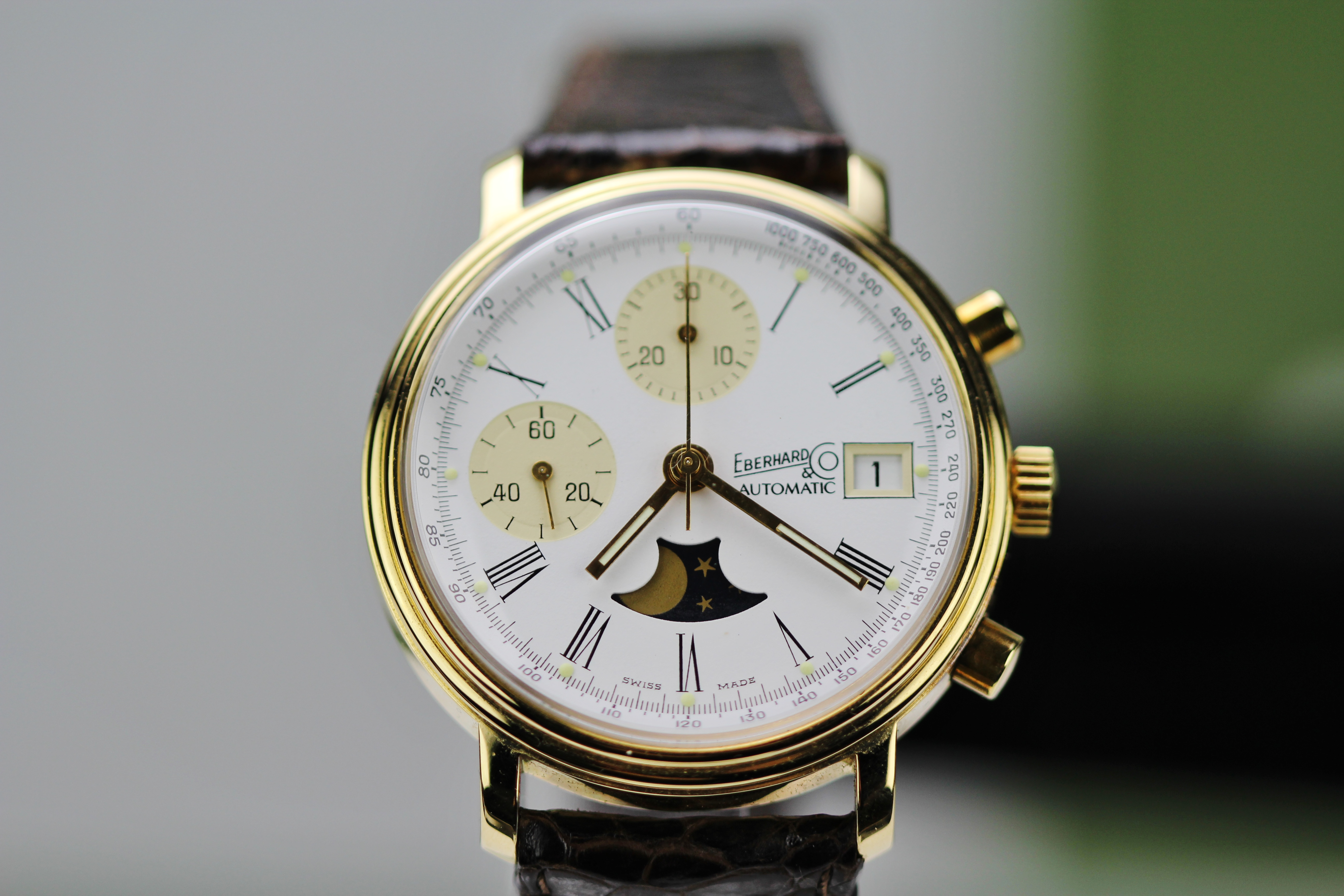Lot 15 - Eberhard & Co 18kt Gold Automatic Ltd Edition of 999