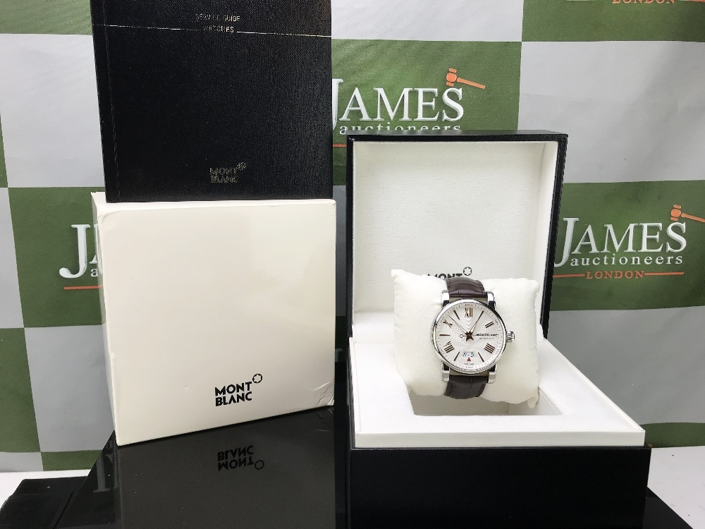 Lot 26 - Monthblanc Star Edition Ref 4810. Ex display example