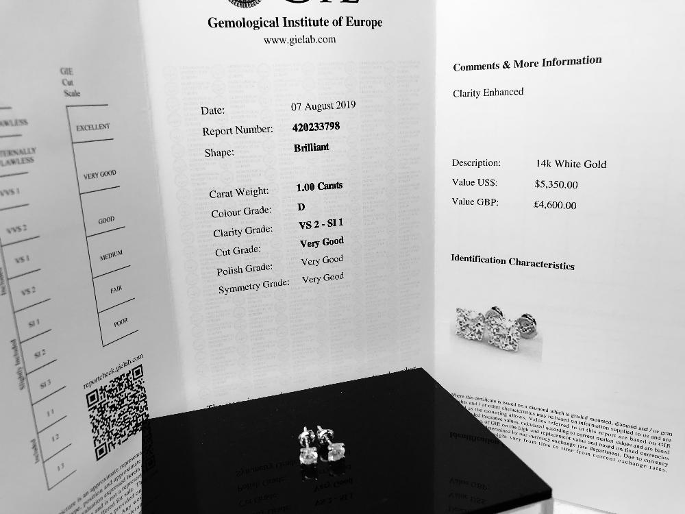 Lot 45 - 1 Carat Diamond Stud Earrings Round Cut VS2 Clarity/D Colour. Certificate Included