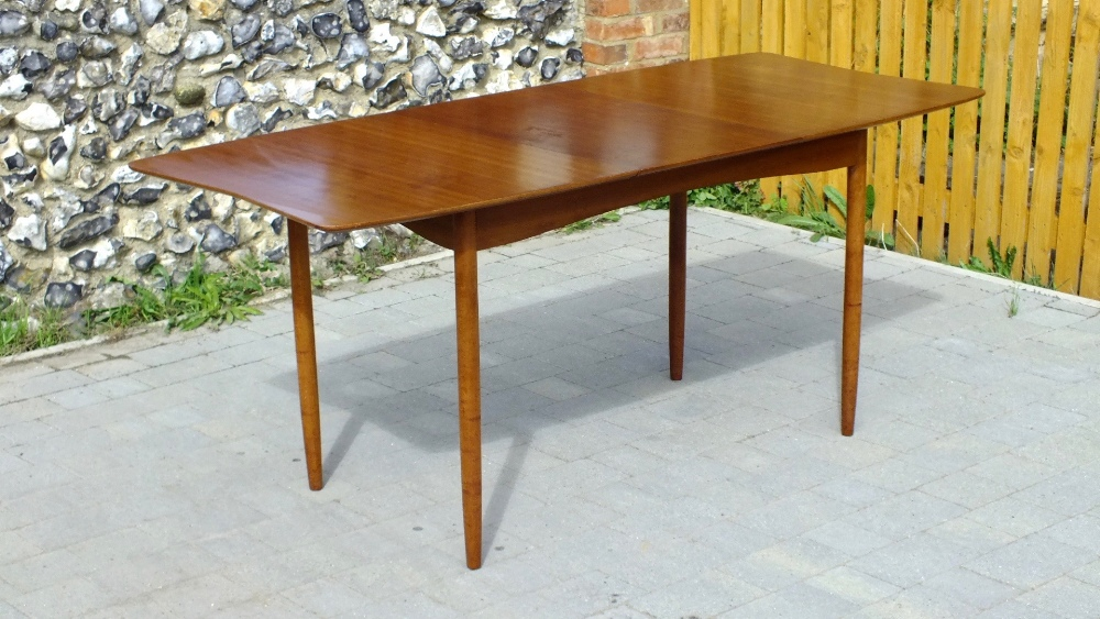 Lot 22 - Vanson Mid Century Walnut Extending Dining Table