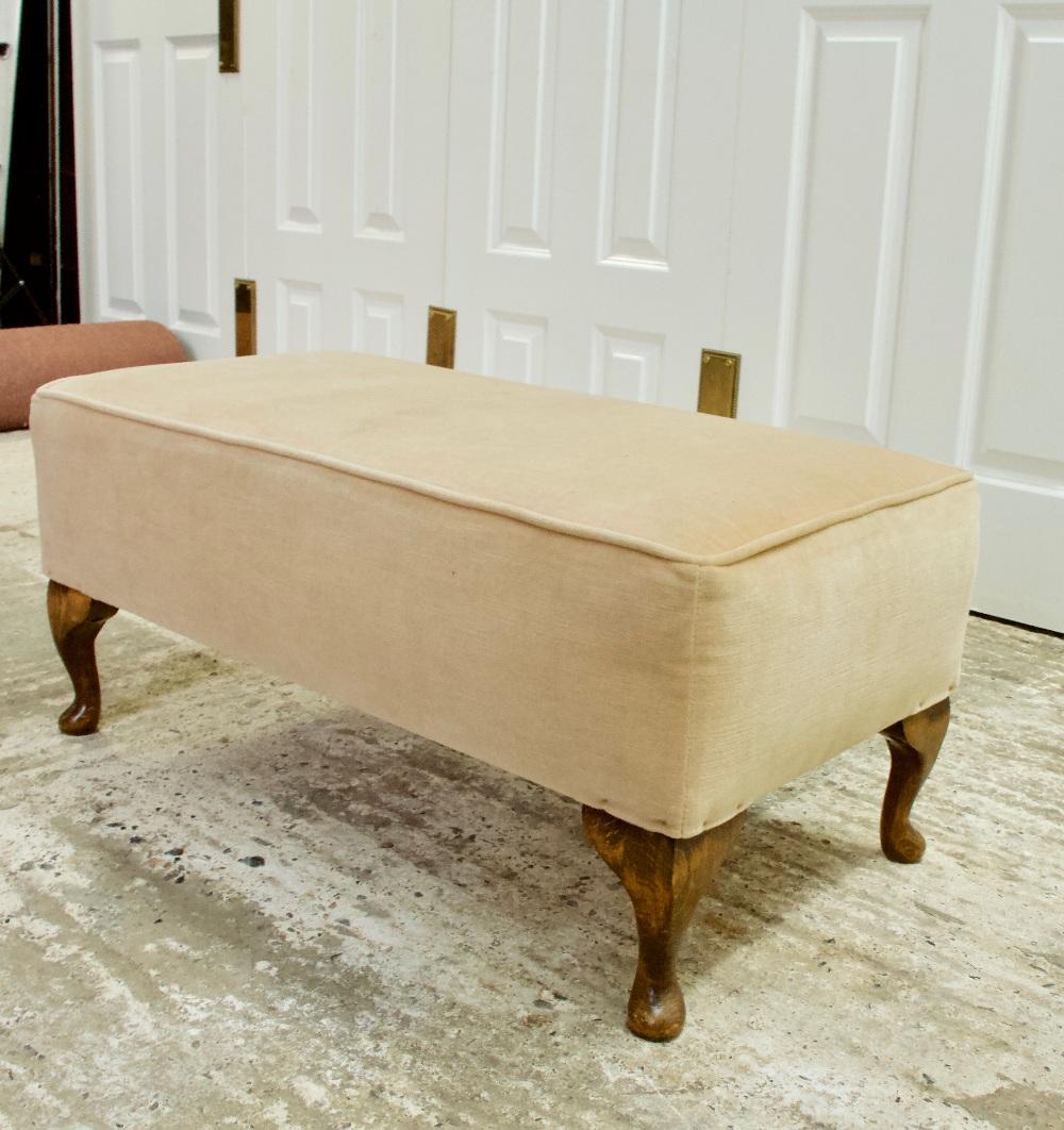Lot 32 - Vintage Queen Anne Stye Upholstered Foot stool