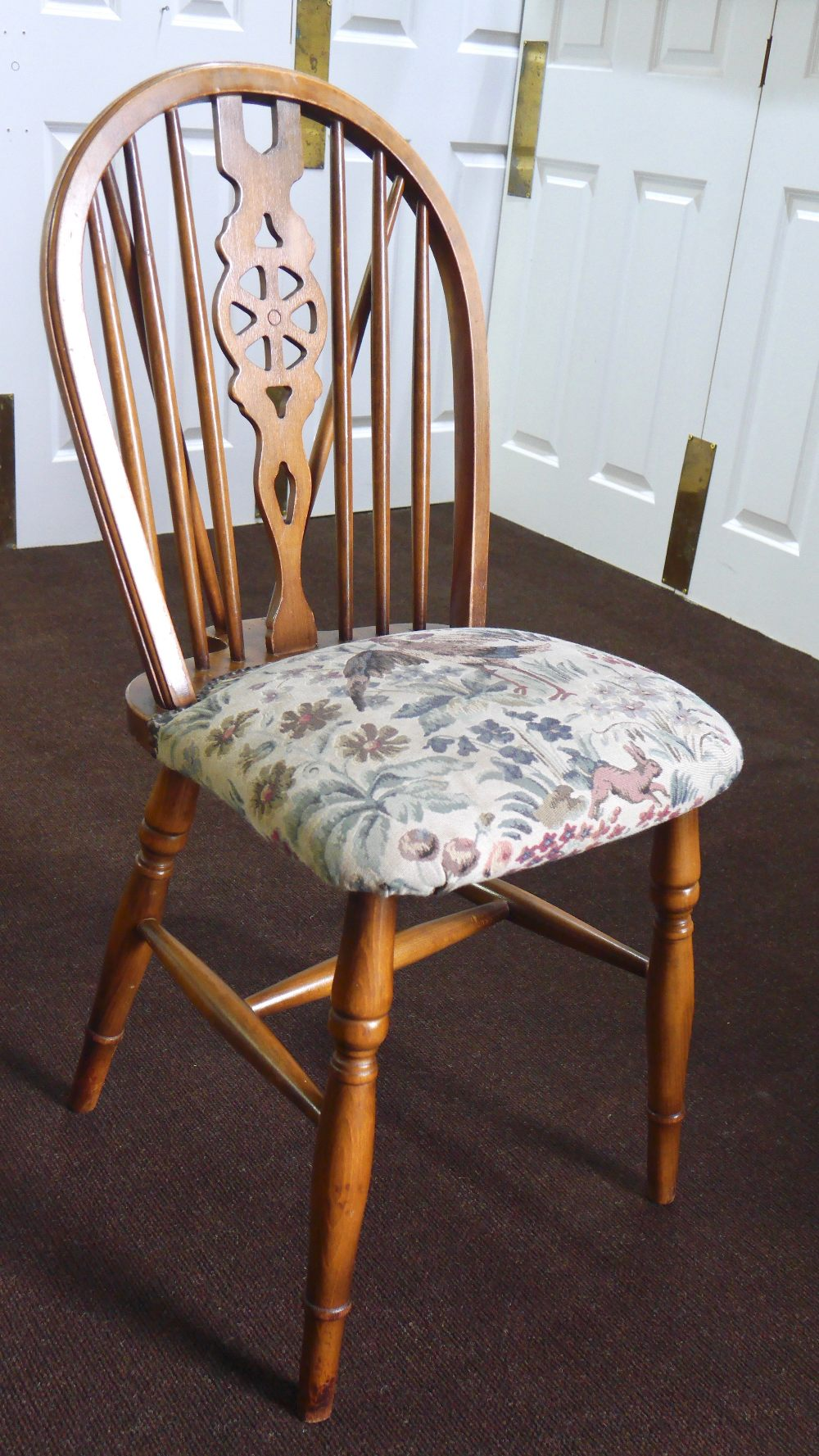 Lot 19 - Set of 4 Vintage Windsor Wheelback Dining Chairs