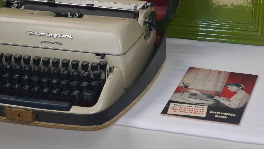Lot 6 - Vintage Remington Quiet-Riter Miracle Tab Cased Typewriter