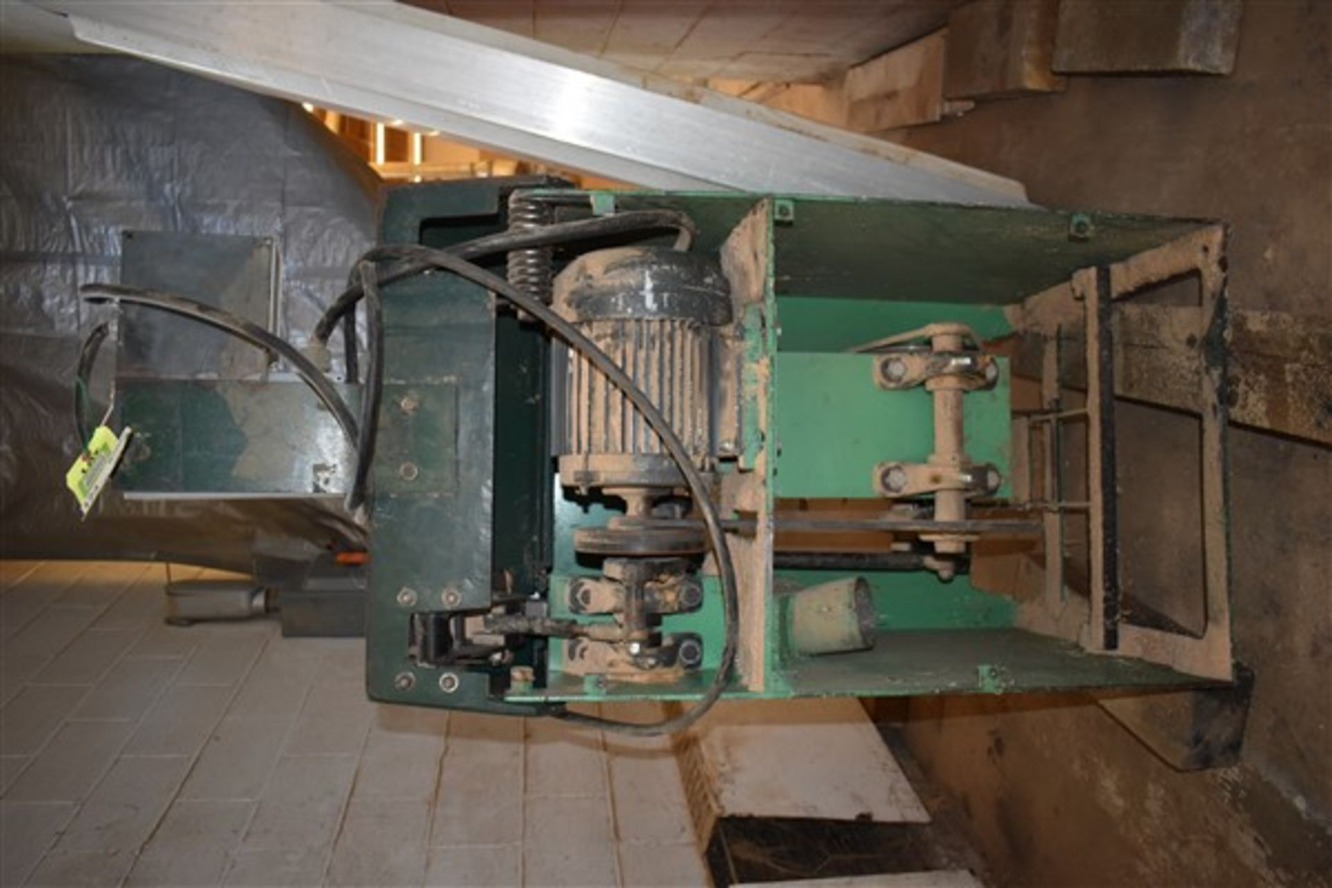 Lot 329 - Up-cut Saw, Right Hand, Precision M-14