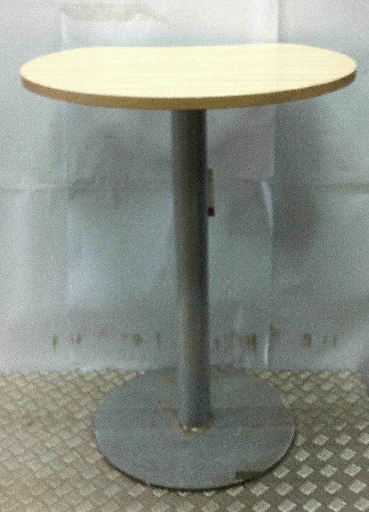 Lot 16B - Pedestal Table