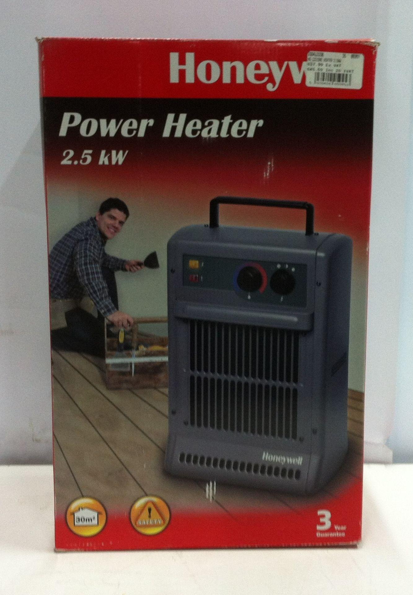 Lot 28 - Honeywell CZ-210 2.5KW Power Heater