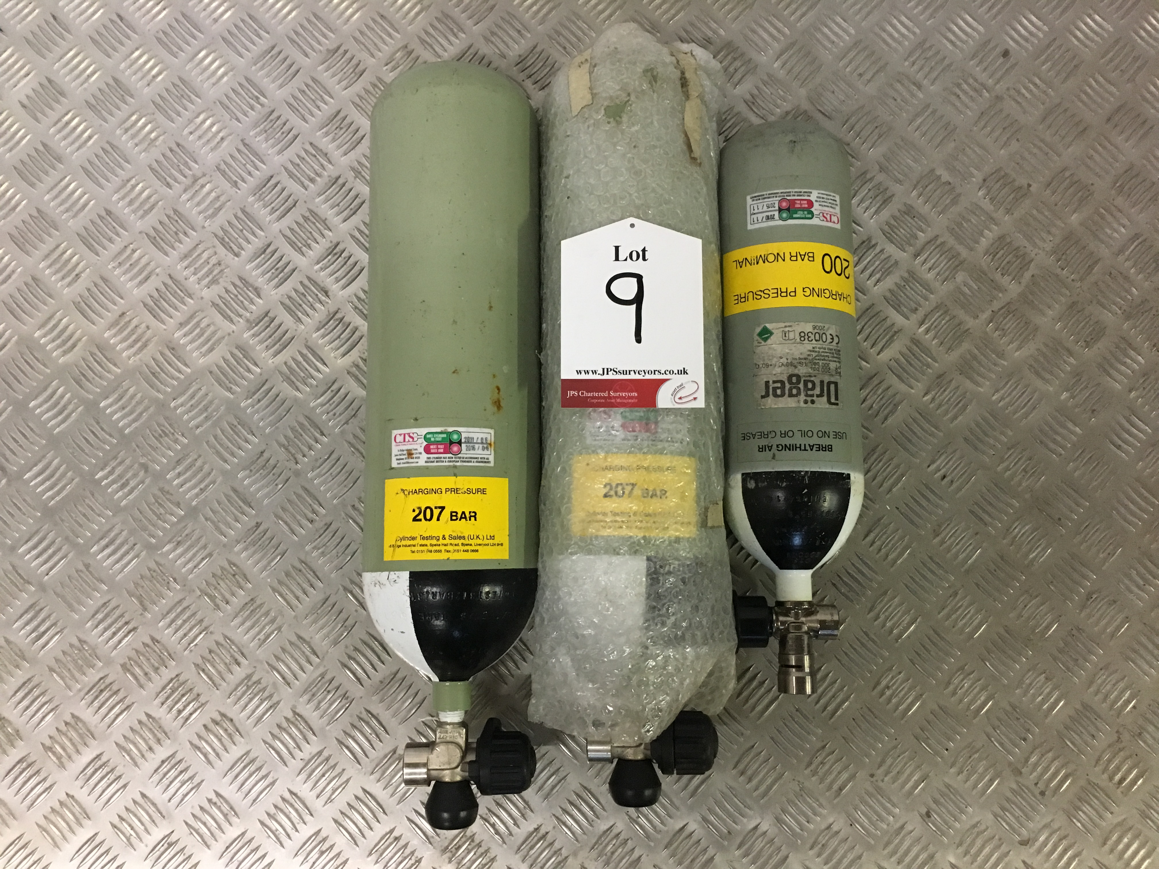 Lot 9 - 2 x Sabre 200 Bar Compressed Air Cylinder with Saver Valves and 1x Drager 3L Compressed Air Cylinder