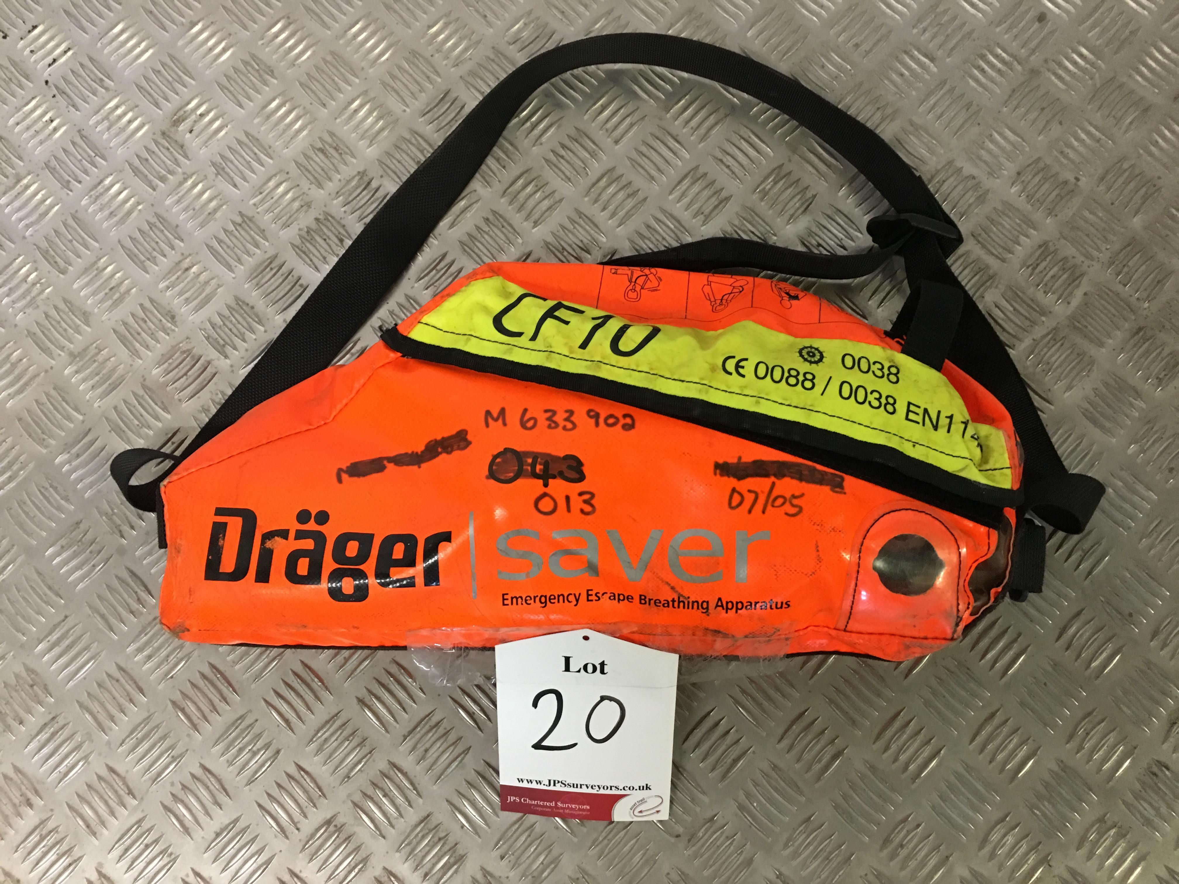 Lot 20 - Drager CF10 Escape Set