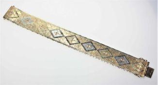 Flaches Armband in Gelb- und Weißgold 585/f gest., Wiener Muster, ca. 2 cm breit, 19,5 cm lang.Brgw.