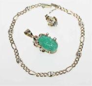 Goldenes Schmuckkonvolut:ein zierliches Armband 585/f gest., in Einzelzargen sechs kleine