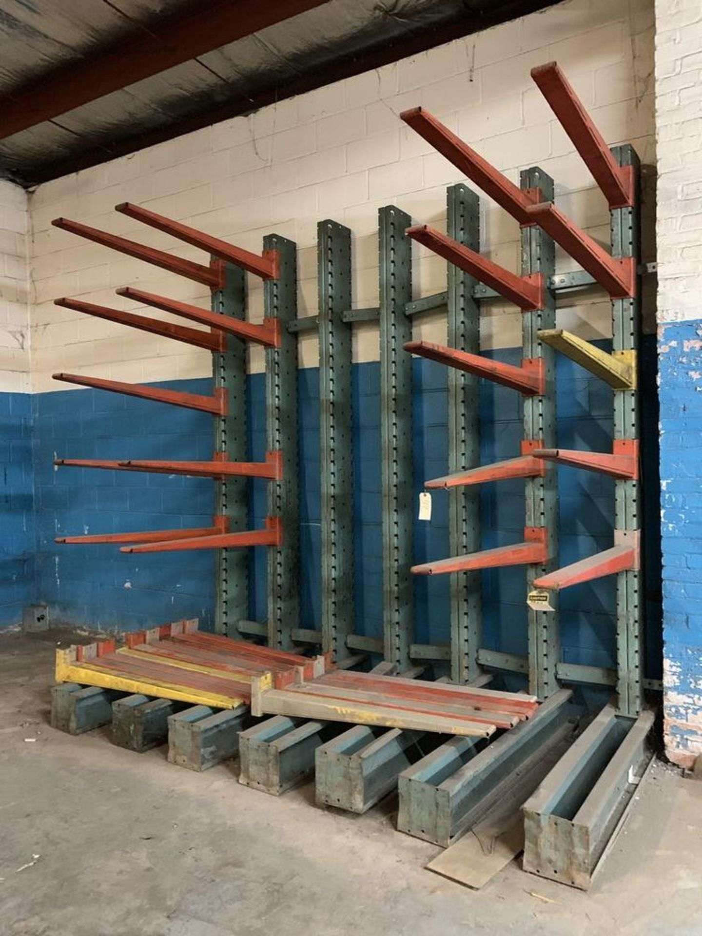 Lot 44 - Wall Racking