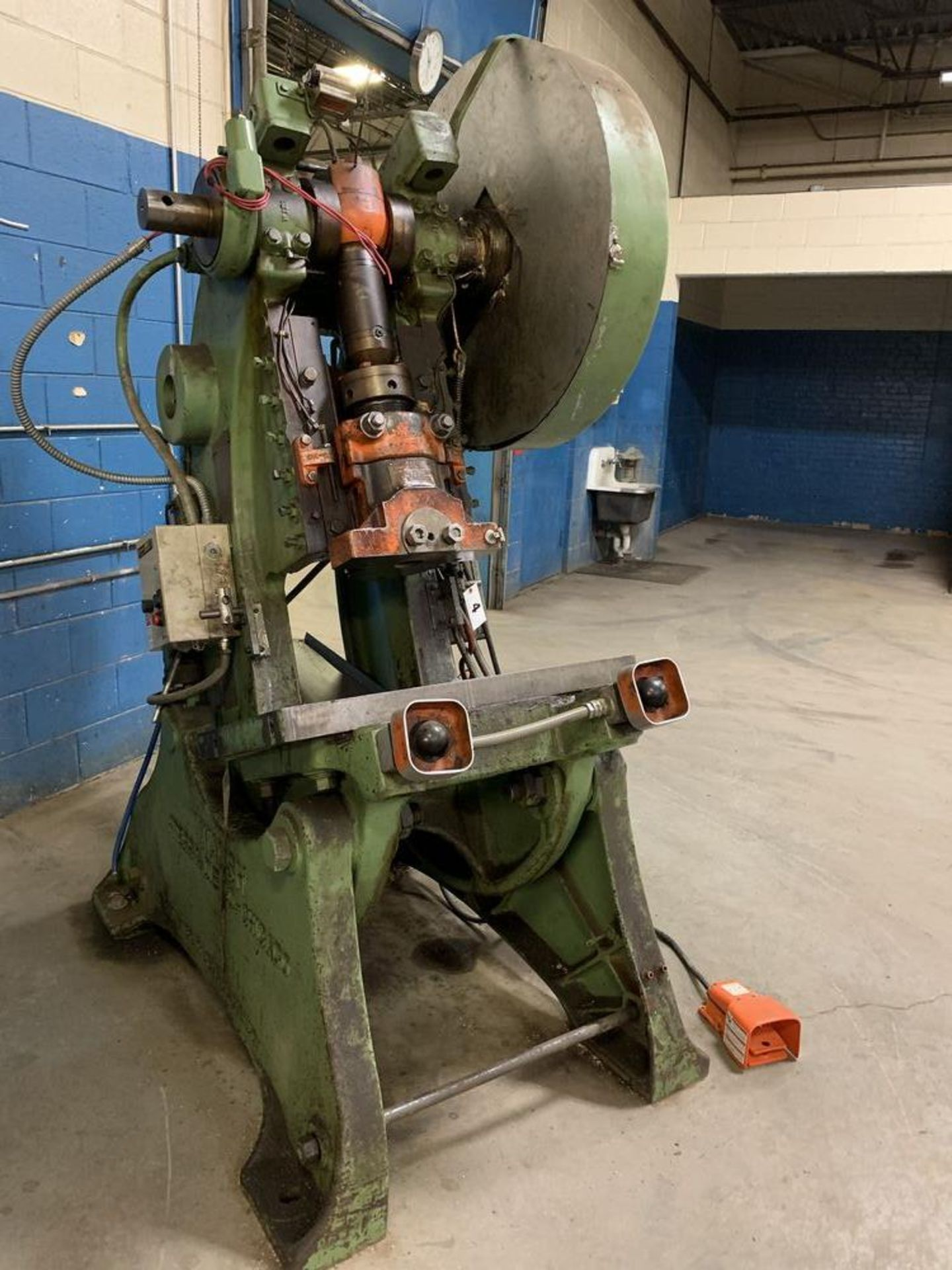 Lot 4 - Walsh Air Actuated Mechanical Clutch O.B. I. Press (Approximately 38 Tons)