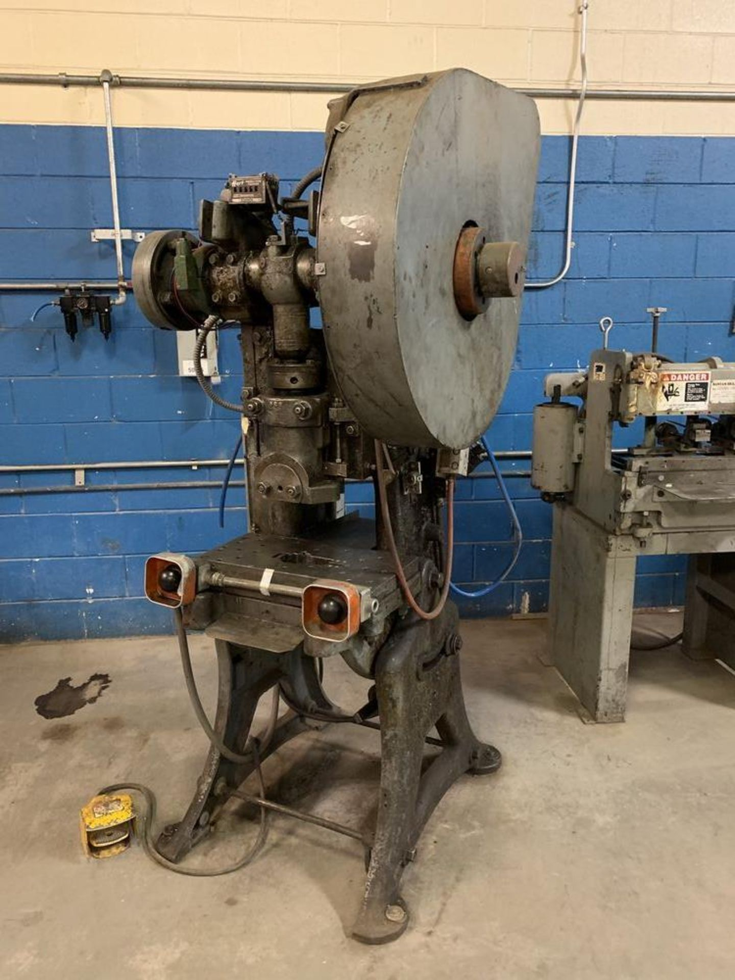 Lot 6 - Walsh Air Actuated Mechanical Clutch O.B. I. Press