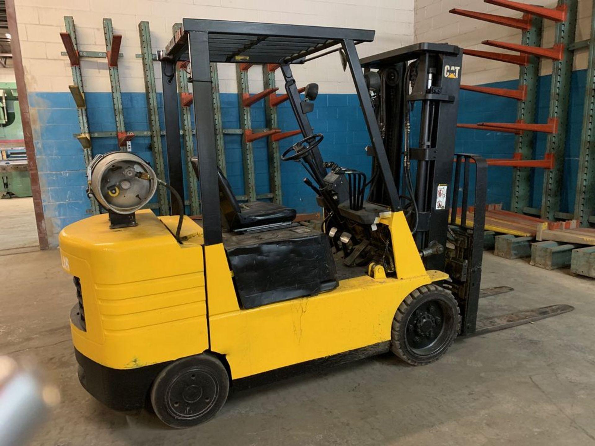 Lot 39 - 6,000 Catepillar Forklift Model GC30, Propane Tank NOT Included, s/n: 6EM01453