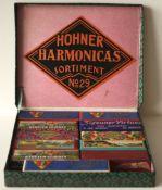 """Exceptionnelle boîte de vente de la maison HOHNER quasi complète : """"HOHNER [...]"""