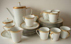 Service à café en porcelaine LORENZ HUTSCHEN REUTHER pour 11 personnes (assiettes [...]