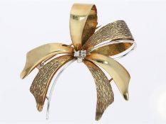 Brosche/Nadel: goldene, aufwändig gefertigte vintage DiamantbroscheCa. Ø47mm, ca. 7,3g, 14K Gold,